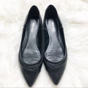 EUC Nine West black leather and mesh Start flats